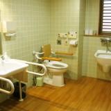 オストメイト対応車椅子用トイレ